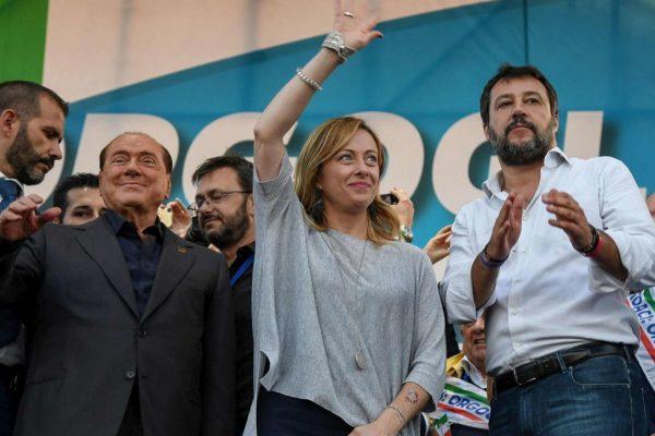 """Conte chiama le opposizioni, il centrodestra: """"Siamo una coalizione, andremo uniti"""""""