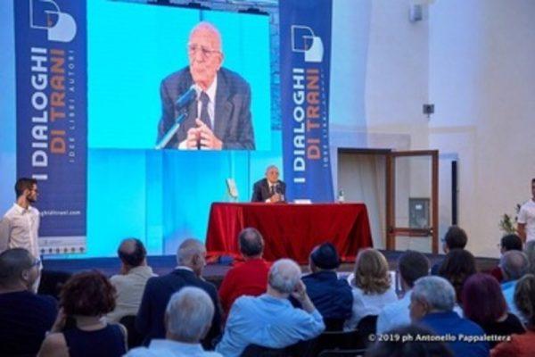 """Dialoghi di Trani, si scaldano i motori per la XIX edizione: dal 23 al 27 settembre si parlerà de """"Il tempo delle domande"""""""