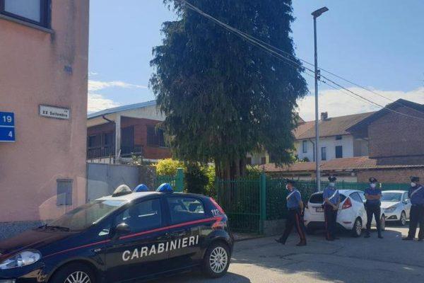Donna uccisa a Fara Novarese: l'ex si costituisce