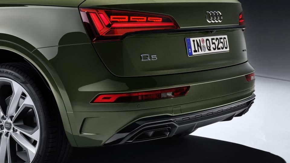 Nuova Audi Q5 2020: il nuovo paraurti posteriore e i gruppi ottici OLED