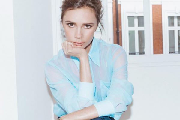 Victoria Beckham lancia un nuovo sito: «Moda, beauty e lifestyle? Lasciatevi ispirare da me»