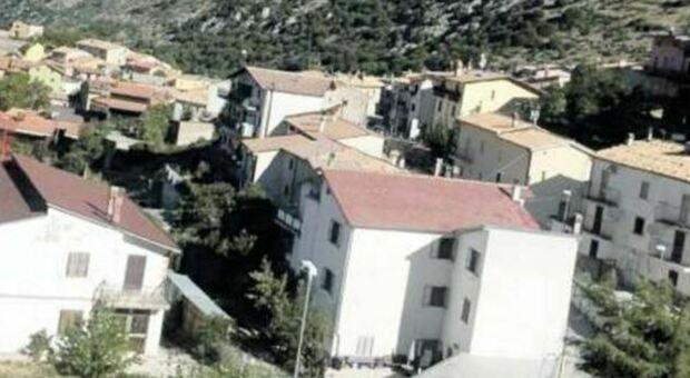 In Abruzzo la prima zona rossa dopo il lockdown: 12 positivi chiusa una frazione di Lucoli