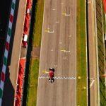 FOTO DEL GIORNO – Aspettando il rombo dei motori