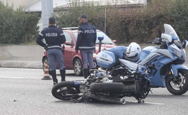 Incidente a Lissone, terribile schianto tra auto e moto sulla statale 36: morta donna
