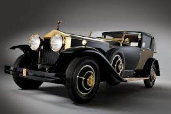 Modena Motor Gallery: tutte le curiosità da vedere al salone dei motori d'epoca fino a domani 27 settembre