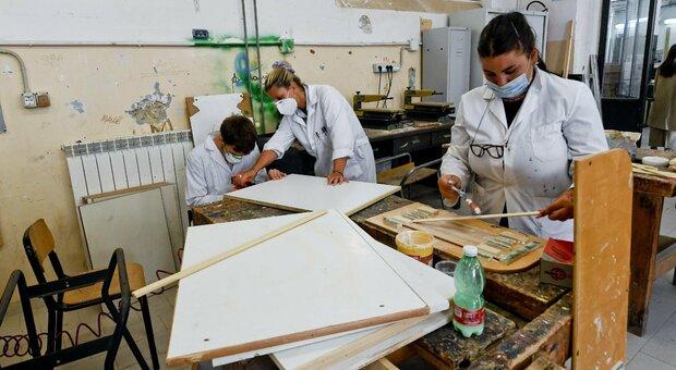 Scuola, il Lazio diventa un caso: i sindaci non riaprono