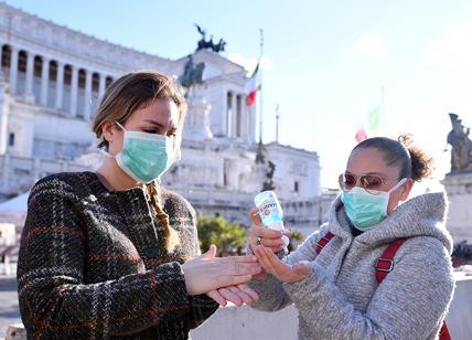 Governo, la mascherina in pubblico torna obbligatoria.Multe fino a 3 mila euro