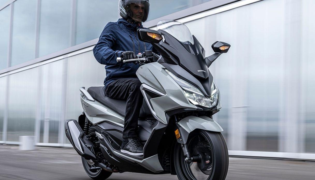 Honda-Forza-350-2021