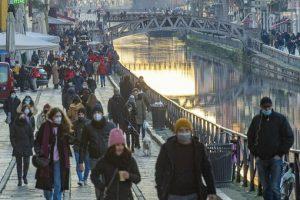 Covid Italia, bollettino oggi 22 gennaio: 13.633 casi e 472 morti. Lombardia prima per contagi, poi Sicilia ed Emilia