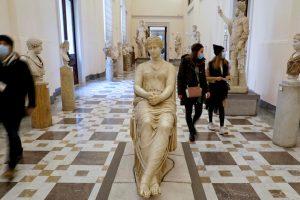 Covid, le regioni gialle riaprono i musei: dagli Uffizi ai beni Fai, cosa si può visitare