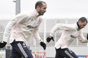 """""""Delusi e arrabbiati"""": Bonucci, Chiellini e gli altri musi lunghi alla Juve"""
