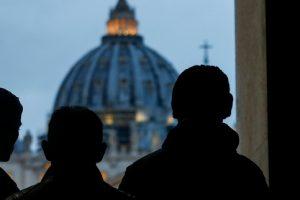 Ecco come Conte cerca sponde in Vaticano