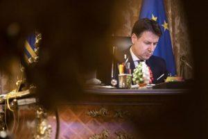 Governo, crisi in diretta. Elezioni più vicine. Italia Viva: stallo preoccupante. M5S: mai con Renzi