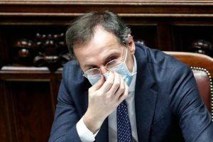"""Il ministro Boccia: """"O si trova una soluzione o non resta che il giudizio degli italiani. Renzi? No ai ricatti"""""""