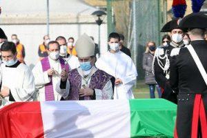 A Limbiate i funerali di Luca Attanasio, l'ambasciatore ucciso in Congo