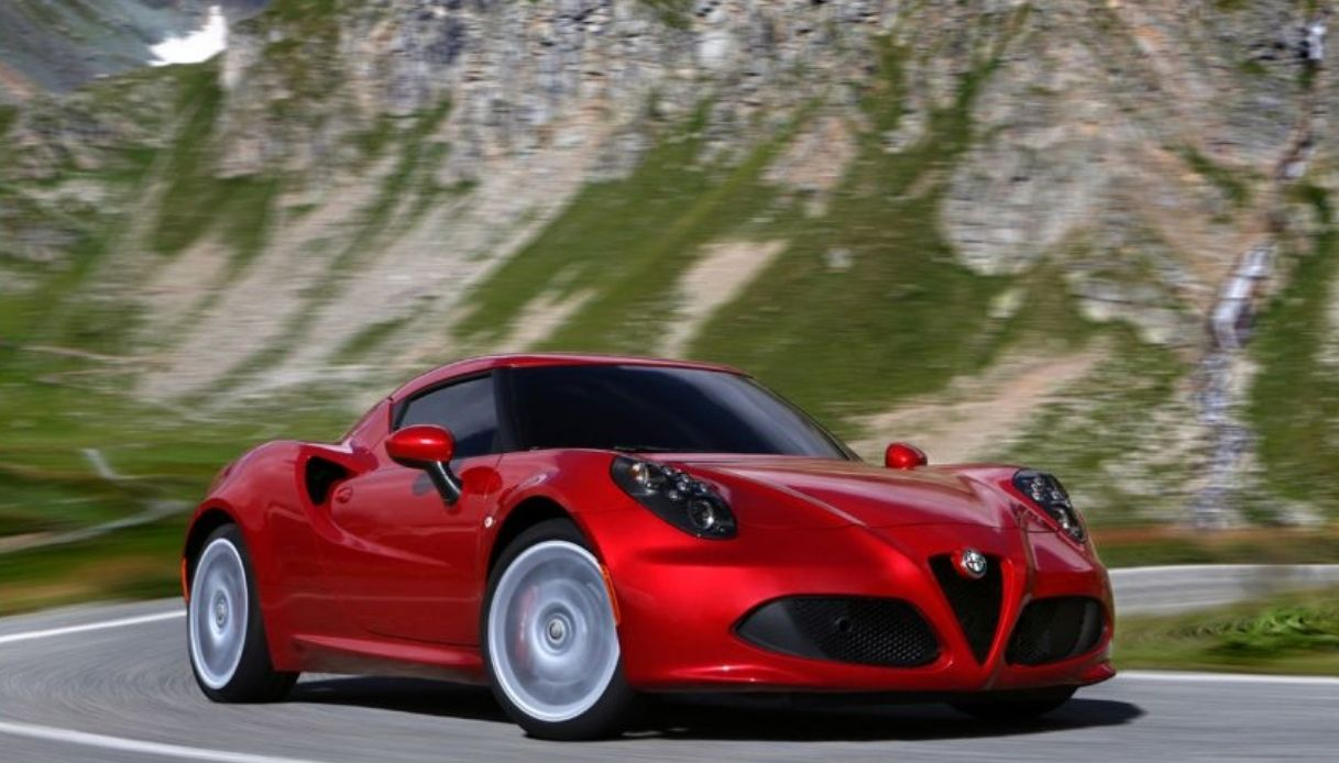 Alfa Romeo 4C, modello sportivo del 2013