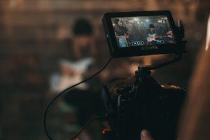 Perchè Iervolino Entertainment continua a scendere nonostante la forte sottovalutazione?