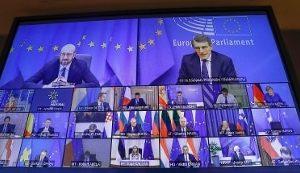 """Vertice Ue sui vaccini, Draghi: """"Accelerare per rallentare la corsa delle varianti"""""""