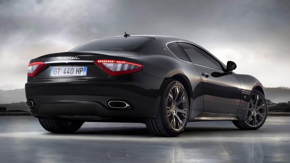 Le auto italiane più iconiche con motore V8: la Maserati GranTurismo