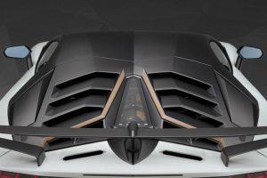 Auto con motori V12, poche ma buone: 9 modelli più 1