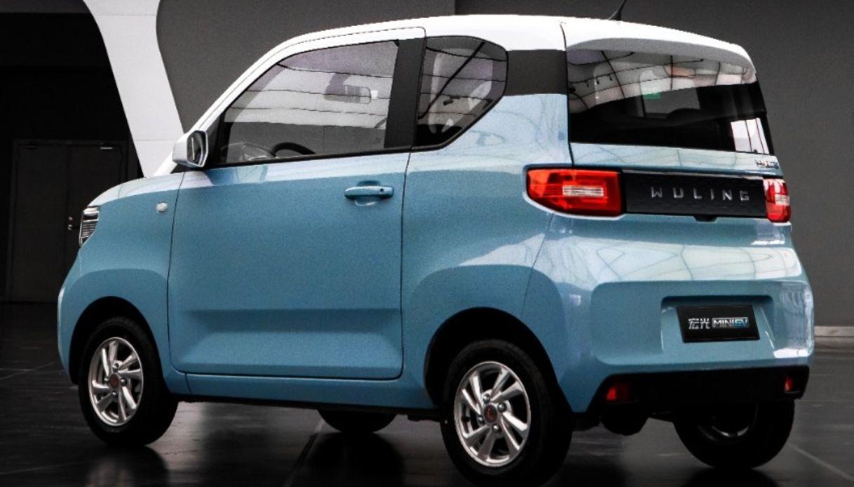 La Cina rivoluziona il suo mercato con le auto elettriche low cost