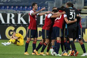 Cagliari-Parma 4-3, show alla Sardegna Arena. Semplici vince e spera nella salvezza