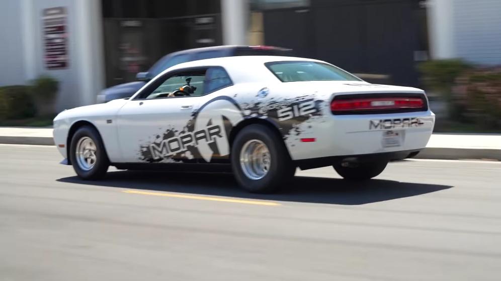 Dodge Challenger V10 Viper