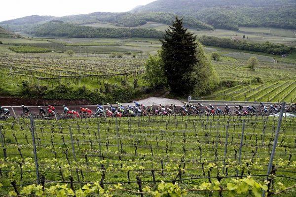 Il Tour of the Alps scalda i motori con i top riders