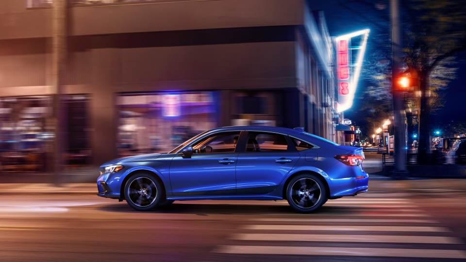 Honda Civic 2022: laterale