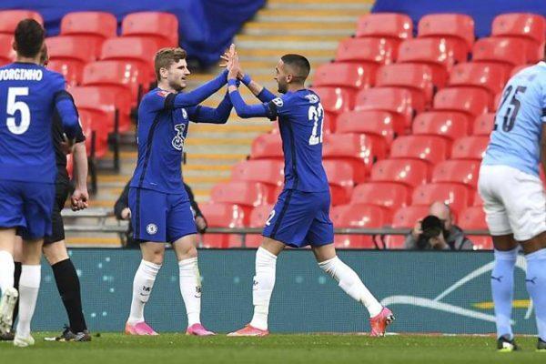 Prima gioia di Tuchel contro Guardiola. Basta un gol di Ziyech: Chelsea in finale, City k.o.