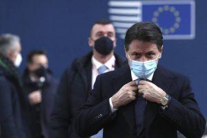 """""""Cambio di passo"""". Così Draghi ha smontato le """"pedine"""" di Conte"""