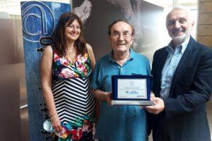 Premiato il socio storico dell'azienda di rettifica e revisioni dei motori: 50 anni di attività