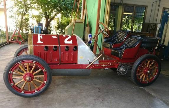 La Fiat 130 Hp esposta a Campagnola, restaurata dal meccanico Gianni Torelli