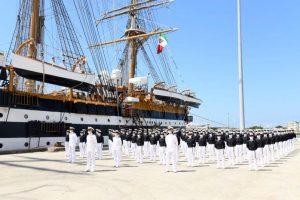 Covid, positivi 20 membri dell'equipaggio dell'Amerigo Vespucci