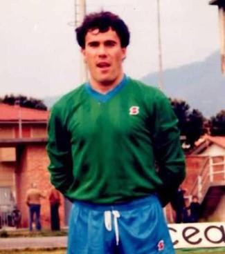 Giuliano Ceccarelli in un'immagine di quando giocava e insieme a Sarri a Coverciano