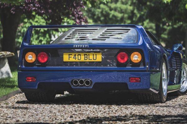 La Ferrari F40 Blu è stata venduta venduta online ad una cifra record