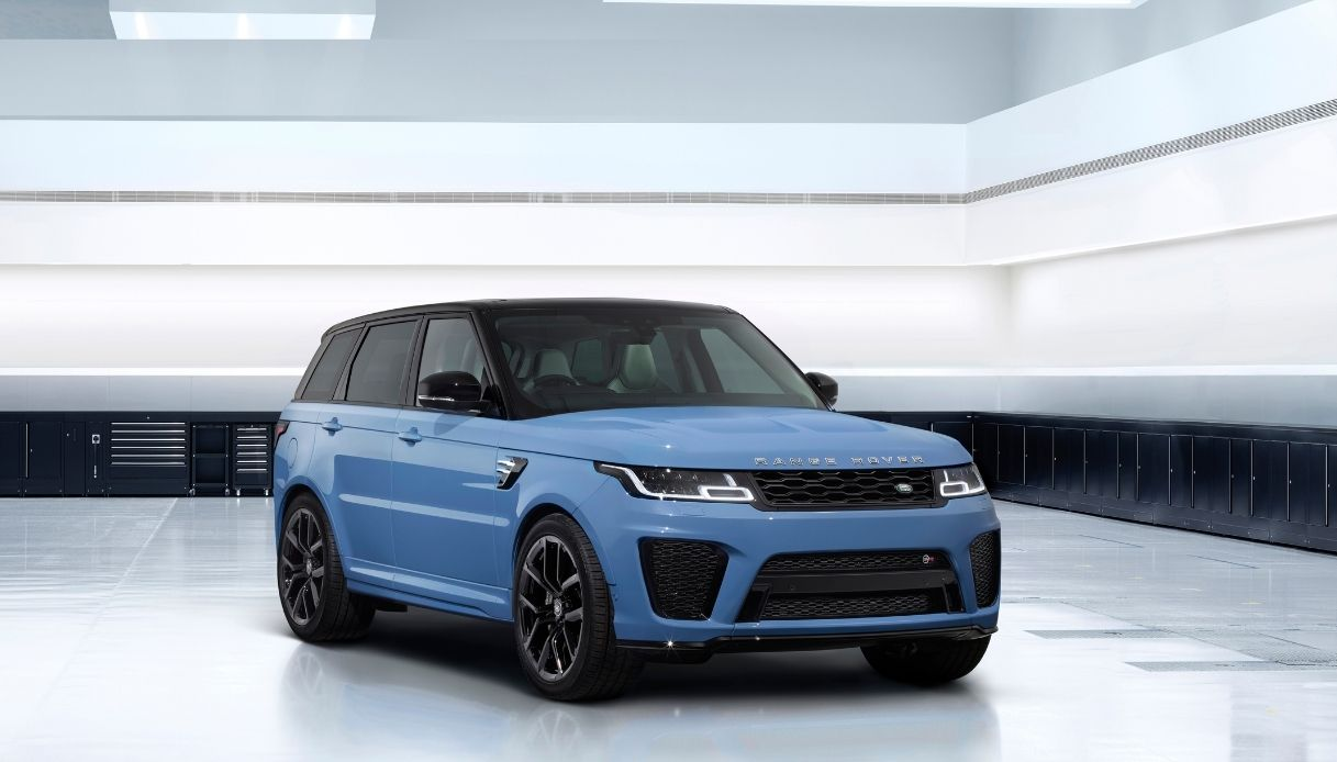 Range Rover, il nuovo Sport SVR Ultimate Edition