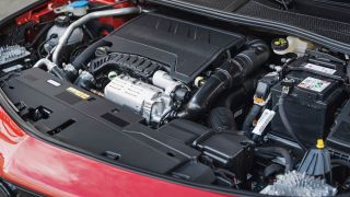 Nuova Opel Astra: il vano motore
