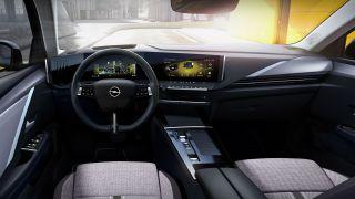 Nuova Opel Astra: la plancia