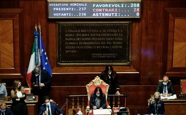 Green Pass, non solo Salvini: anche Matteo Renzi assente al voto in aula. Un messaggio a Draghi?