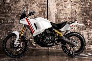 Nuova Ducati DesertX foto ufficiali e presentazione il 9 dicembre