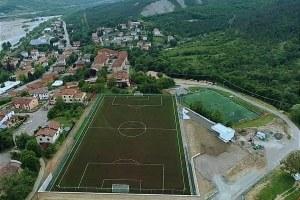 Sport e territorio, a Solignano (Pr) il nuovo centro con campo da calcio in erba artificiale, blocco spogliatoi, area verde