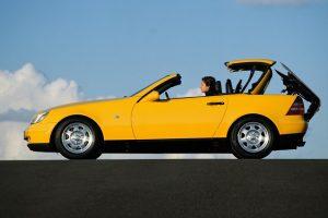 Auto e Moto d'Epoca: Mercedes SLK celebra venticinque anni
