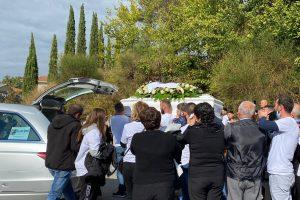 Funerali, San Gemini saluta Riccardo: ruggiti di motori per il suo ultimo viaggio