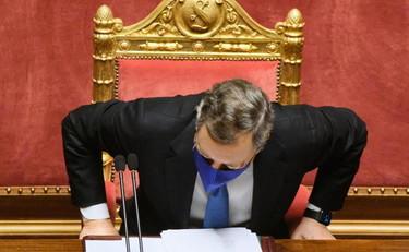 """""""Mario Draghi si è rotto"""", pronto a dimettersi? Retroscena bomba: cosa bolle a Palazzo Chigi"""