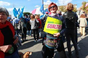 Vota Antonio, anzi Roberto Gualtieri, nella piazza della Cgil. Ma a sinistra possono fare di tutto